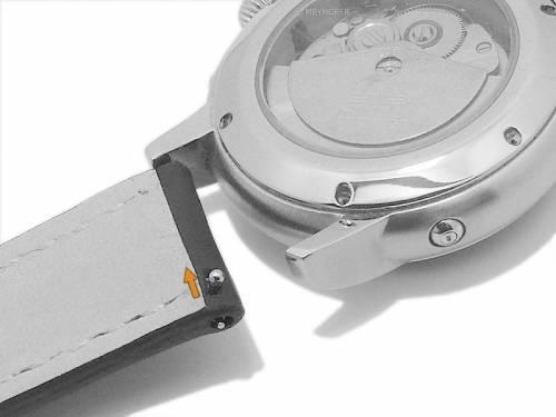 Meyhofer EASY-CLICK Uhrenarmband -Rumford- 22mm schwarz Leder rote Naht (Schließenanstoß 20 mm) - Bild vergrößern